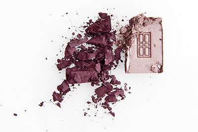 Yves Rocher beauty product photography, 2 shades of eyeshadow