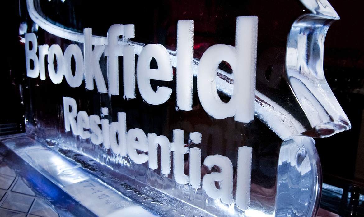 Brookfield Residential Ice Sculpture lights up the event